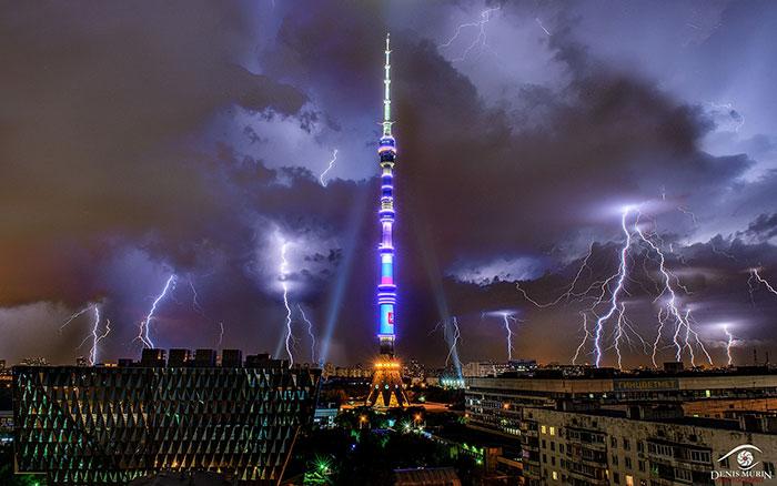 20 nejhrozivěji vypadajících budov na světě